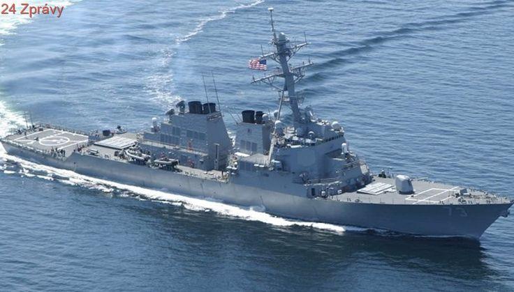 Jihokorejské námořnictvo trénuje: V Japonském moři se ukázaly raketové lodě