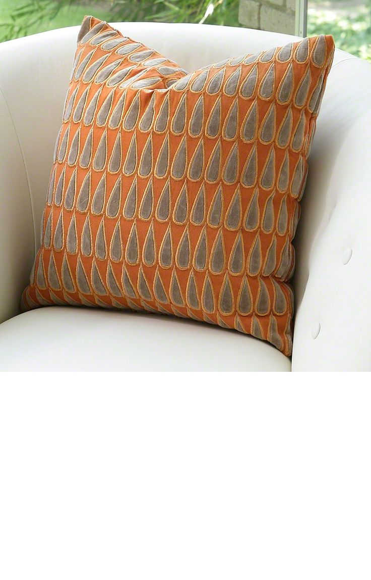 17 Best images about Luxury Pillows on Pinterest Sofa pillows, UX/UI Designer and Throw pillows
