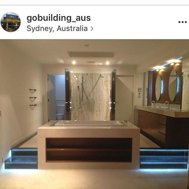#Repost AMAZING work by @gobuilding_aus !! Bathroom tiling decked out by yours truly @design_tiles !! Just stunning👌🏼👌🏼Get following @gobuilding_aus check out their work 💥💥 #dtmyhouse #gobuildingaus #luxuryhomes #bathroominspo