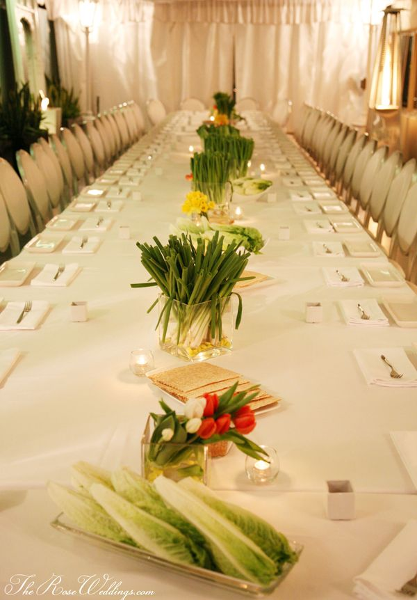 The onion garnish decoration and matzo and leaves -- this was a creative way to do this.  Maybe another year....The Seder table designed by Marjaneh of Candybar Couture and Her Mother Guity Sassounian.