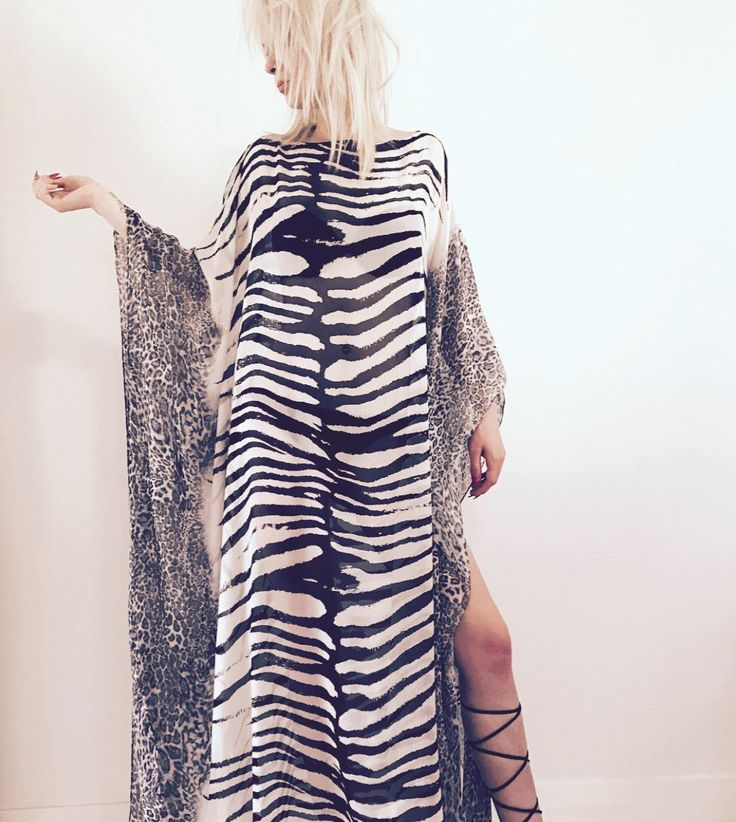 Unique one-of-a-kind kaftan. 100%silk. Go from beach to bar. Super glamourous. One size