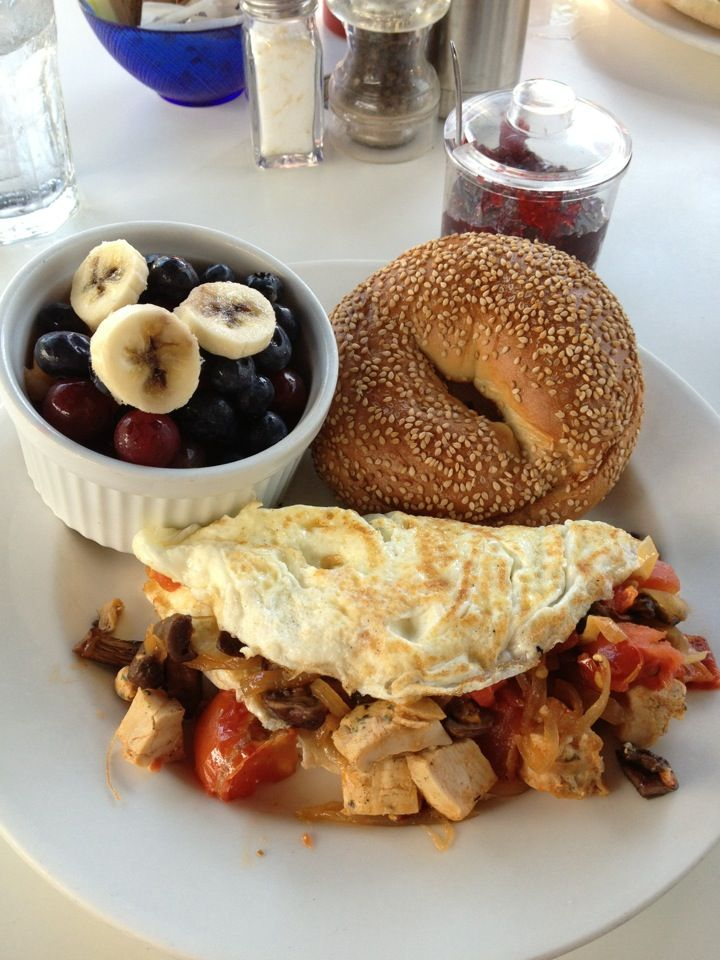 Cozy breakfasts and dinners at Devon's Restaurant  promise to be a special experience in Provincetown, MA. Despite its relatively central location, Devon's is secluded from the robust streets of this historic town. A perfect destination for a lazy breakfast or a romantic date night.
