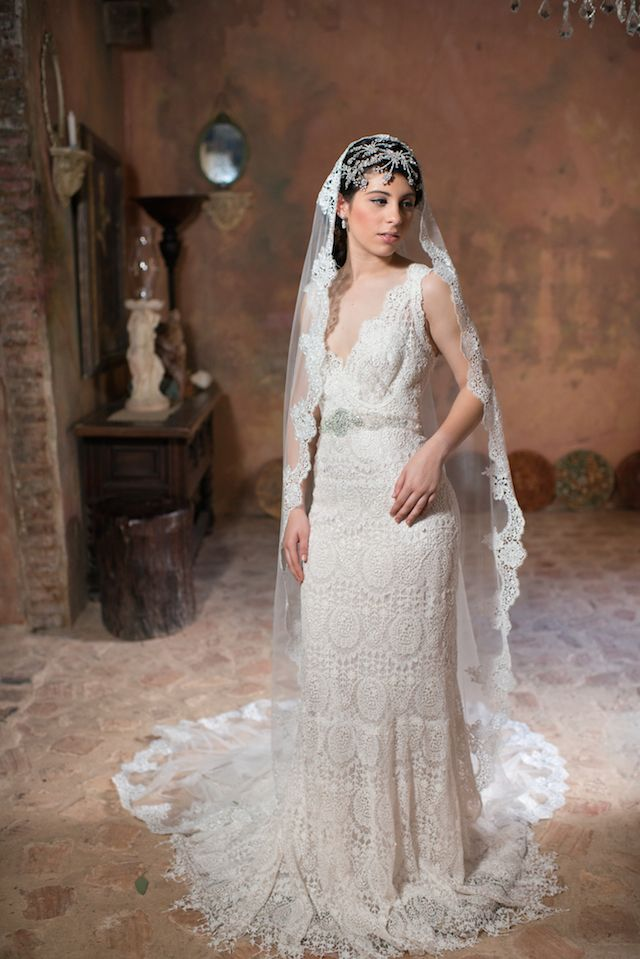 Timeless elegance in san juan puerto rico rosa clara for Puerto rican wedding dress