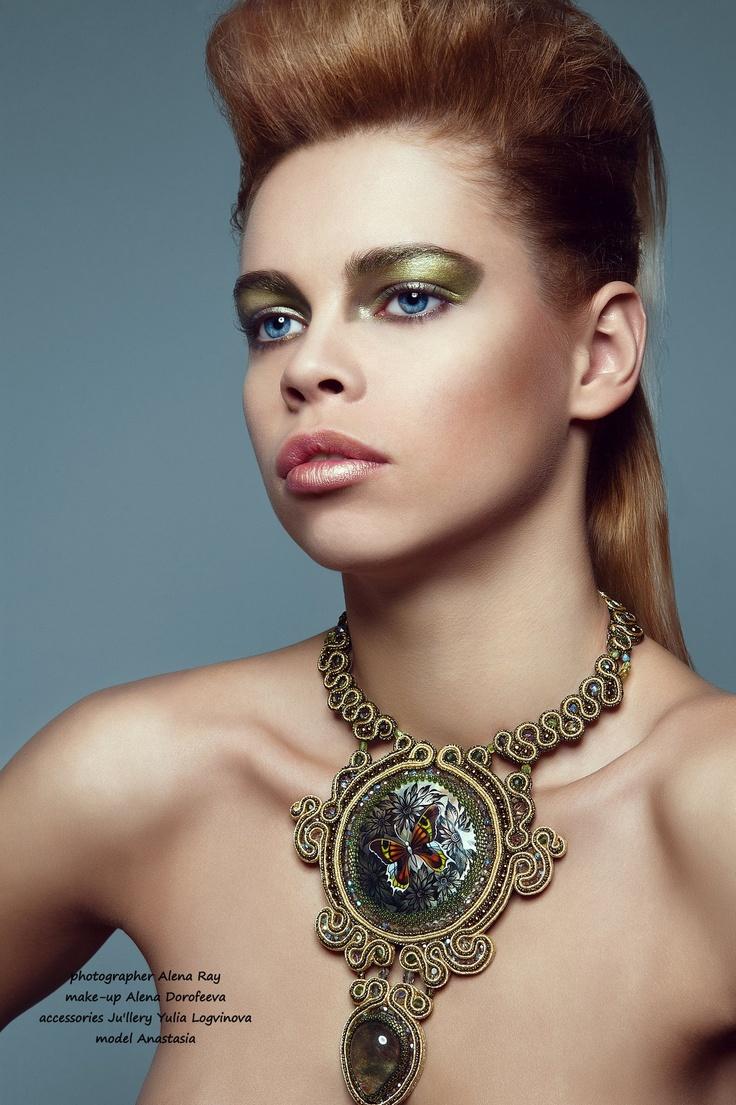 Fashion jewelry by Yulia Logvinova. Necklace from Soutache.