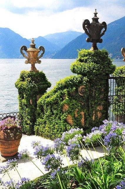 Jazero Como Italia