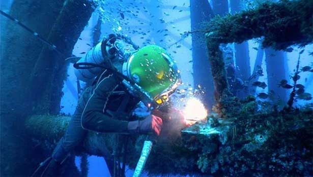 Underwater Welding: Salary