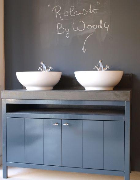 Het Landelijke badkamermeubel 'Robusto' is in vrijwel iedere gewenste maatvoering leverbaar. WOOD4 is het adres voor landelijke en stijlvolle badkamermeubels en buitenkeukens. Bathroom