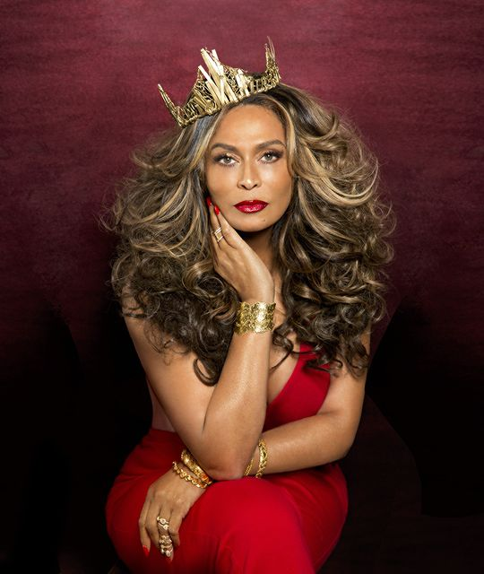 livingismyformofart:  signededge:  wadamelen:    Tina Knowles Lawson for Ebony magazine's July 2015 issue.    yuuuuuuuuuuuussssss