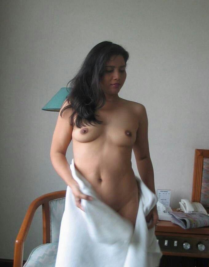 naked girl photo towel indian