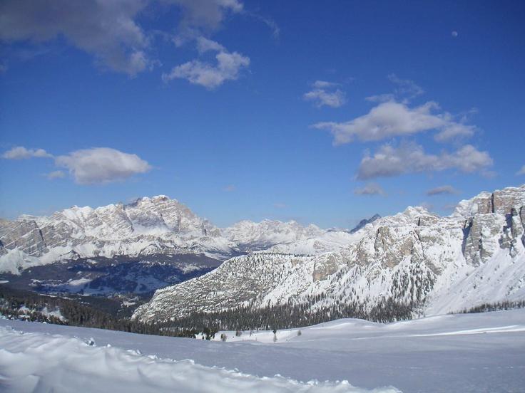 L'Alta Badia completamente innevata vista dalle cime, che spettacolo!