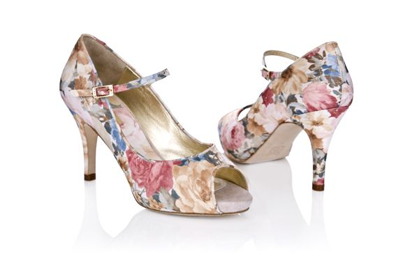 Vintage style wedding shoes by Rachel Simpson