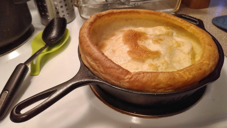 [Homemade] Yorkshire pudding in new cast iron pan