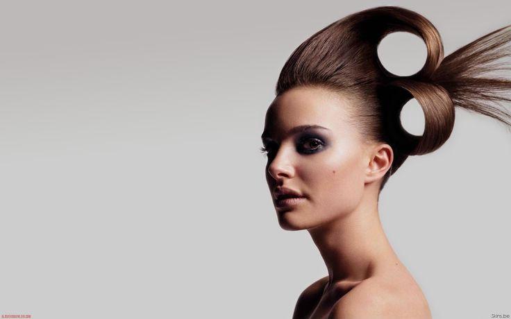 Die Frisur omg. Aber es gibt Leute die so was tragen wollen und würden.