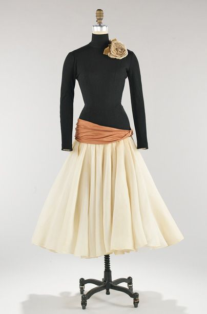 Wool and silk dinner dress, 1957.  I wish people dressed up for dinner like this now.