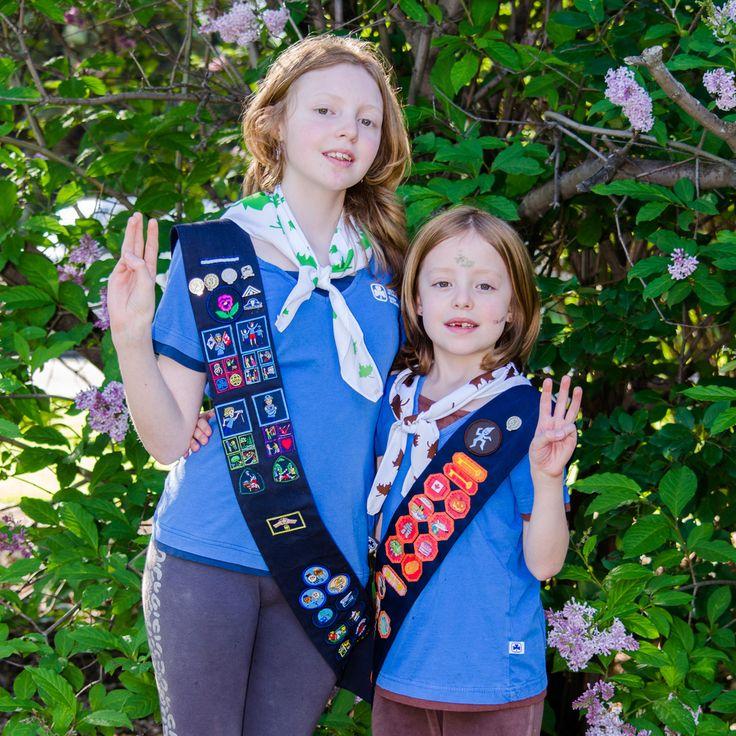 Sisters in Uniform http://www.martysmegapixels.pro/portriates/2016/sisters-in-uniform