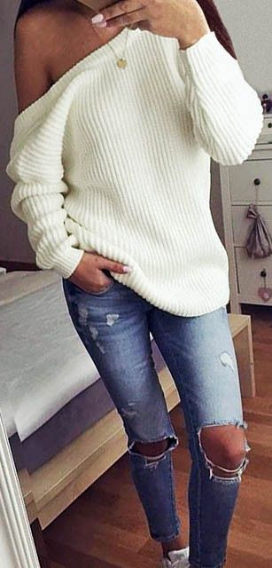 A must-have in my closet: the off the shoulder knitted sweater