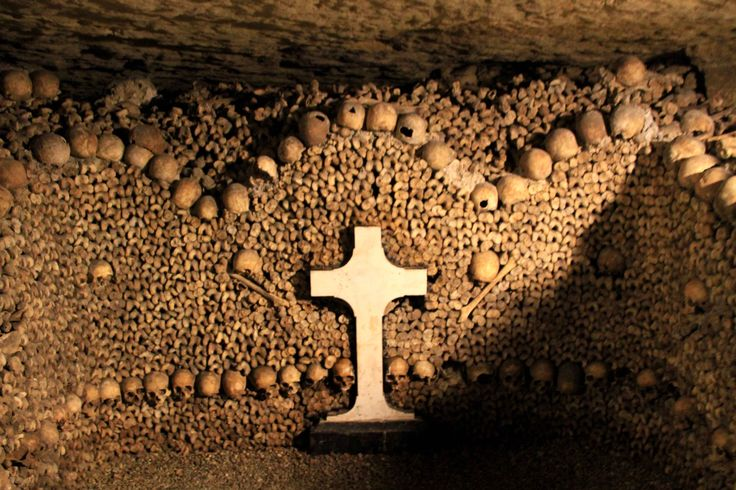 Catacombs_Paris