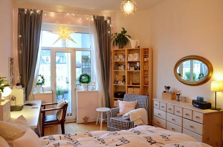 Helles Und Gemutliches Wg Zimmer Mit Grossem Fenster Wg Zimmer Einrichtung Zimmer Einrichten