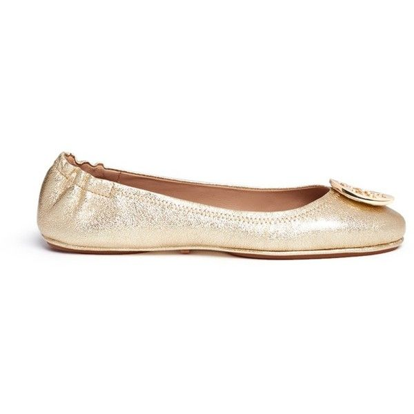 Tory Burch 'Minnie Travel' metallic leather ballet flats ($675) ❤ liked on Polyvore featuring shoes, flats, metallic, ballet pumps, leather shoes, ballerina pumps, metallic shoes and leather ballet flats