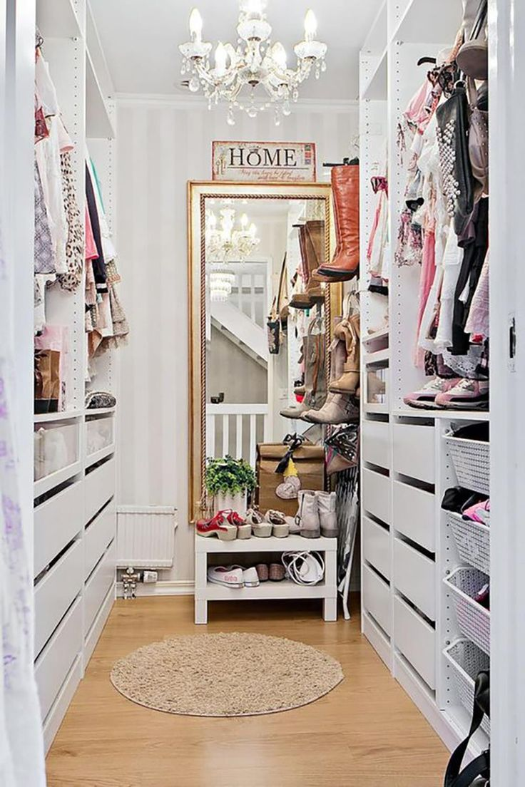 Rocker Chic Home Decor Shabby Chic Bedroom Interior Design Wardrobe Closet, Closet Bedroom, Bedroom Wall, Pax Closet, Closet Mirror, Shabby Chic Kitchen, Shabby Chic Homes, Shabby Cottage, Painted Cottage