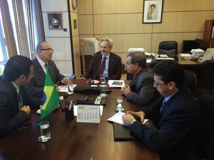 Eliseu Padilha reúne-se com secretário de ensino superior do MEC
