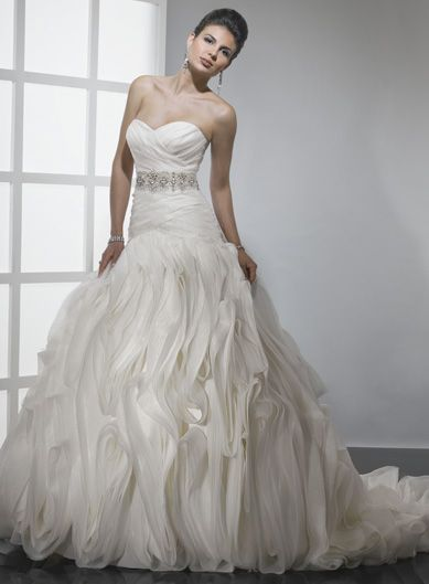 Sweetheart ball gown ruffle organza bridal gown  We have!!!