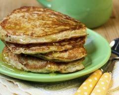 Pancakes canadiens au sirop d'érable