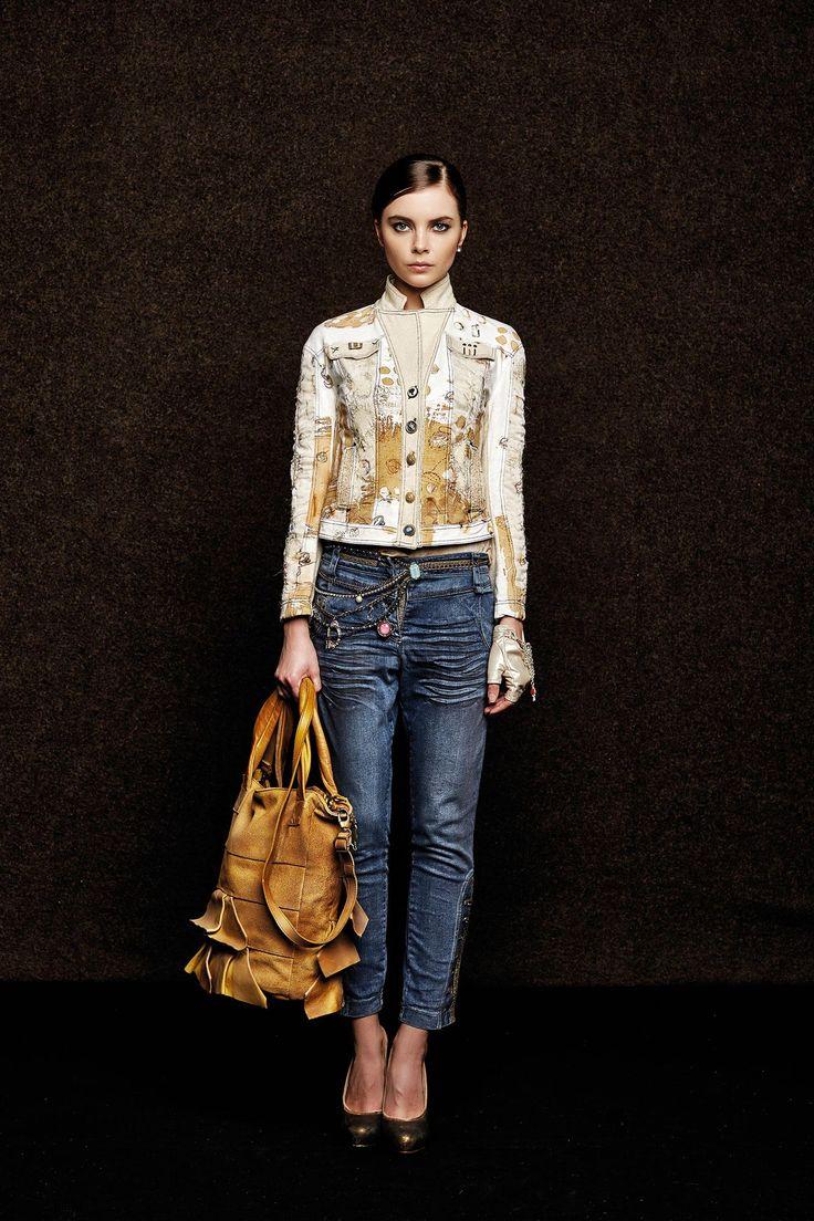 #danieladallavalle #collection #elisacavaletti #fw15 #white #sand #jacket #denim #blue #jeans #leather #bag