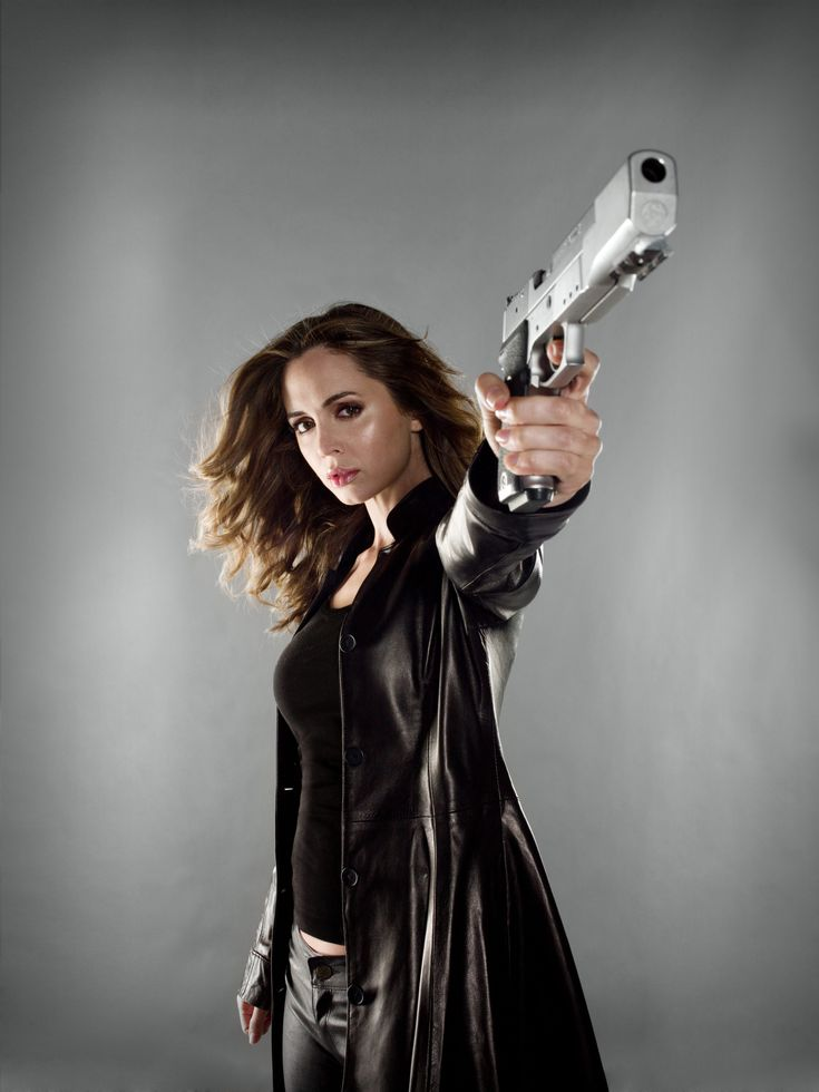 Eliza Dushku in Dollhouse..