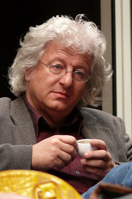 Hongrie : L'écrivain Péter Esterházy s'estime victime de censure