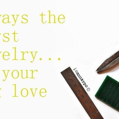 I start my new jewelry line. #madebygiovanna #ioannaypo #sterlingsilver925 #silverjewellery #customjewellery #modernjewelry #contemporaryjewelry #contemporaryjewellery #bijouxcontemporains #gioielliartigianali #jewelrybusiness #jewelrytools #handcraftedjewelry #jewelrydesigns #jewelrystudio #jewelryartist #jewelrymaker #jewelrydesigners #jewelrymaking #jewelryshop #jewelryphotography #jewelrydisplay #jewelrybrand #specialjewelry #minimaljewelry #minimaljewellery #minimalistjewelry