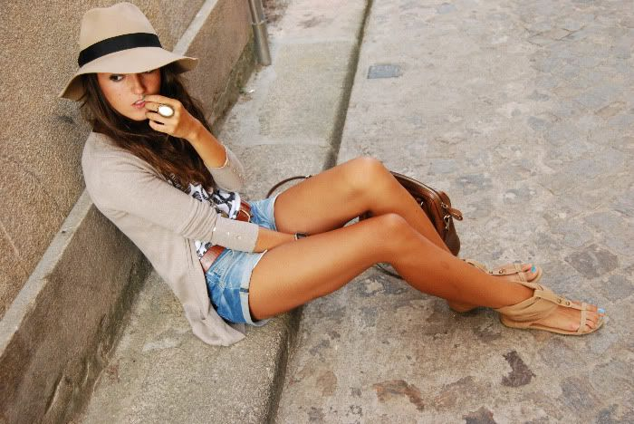jean shorts with long cardigan. The hat and these shoes <3