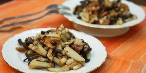 Жареный картофель с опятами