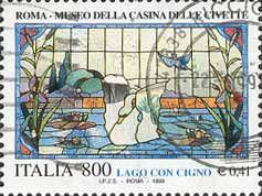 """1999 - """"I tesori dei musei e degli archivi nazionali"""": Museo della Casina delle civette, a Roma - vetrata """"Lago con cigno"""" attribuita al Laboratorio Picchiarini"""
