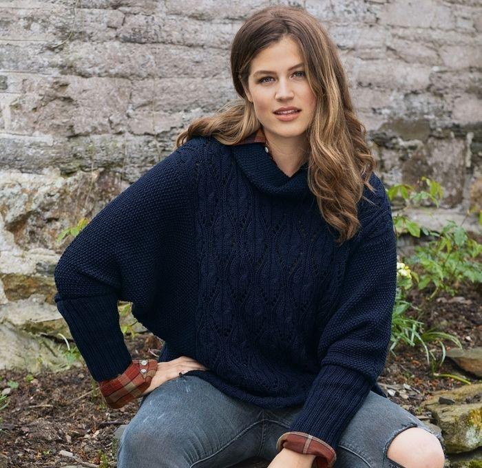 Стильный пуловер спицами с рукавом летучая мышь - Портал рукоделия и моды