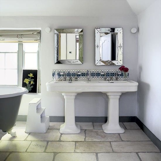 Small Bathrooms Cottage Style: 1000+ Ideas About Cottage Style Bathrooms On Pinterest