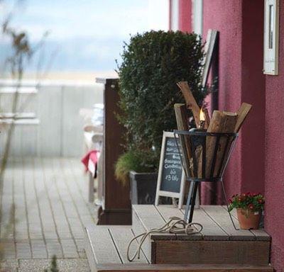 Brasserie mit Sonnenterrasse und jeden ersten Dienstag im Monat Live-Jazz-Music - Williams, Flugplatz Ober-Mörlen #jazz #brasserie #restaurant
