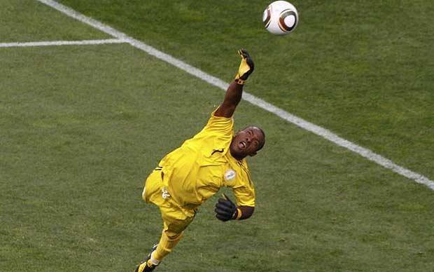 Vincent Enyeama powstrzymał Lionela Messiego • Mistrzostwa Świata 2010 w RPA • Świetne parady bramkarskie Vincenta Enyeama • Zobacz >>