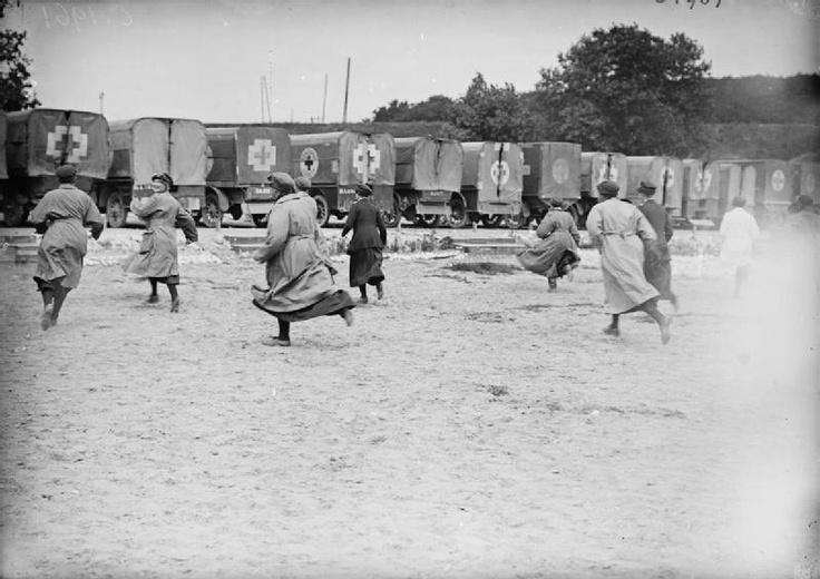 Voluntary Aid Detachments (VAD). (1914-)