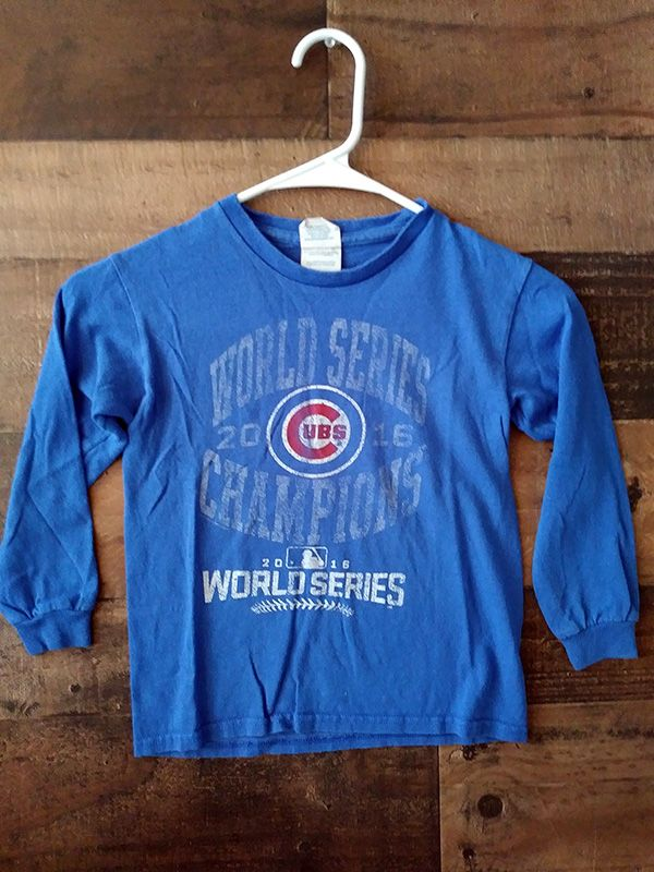 purchase cheap 32bac 32eb2 Chicago Cubs Shirts, Jerseys, Team Apparel | Worksburg.com ...