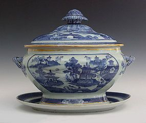 Large Nanking Porcelain Soup Tureen And Under Plate
