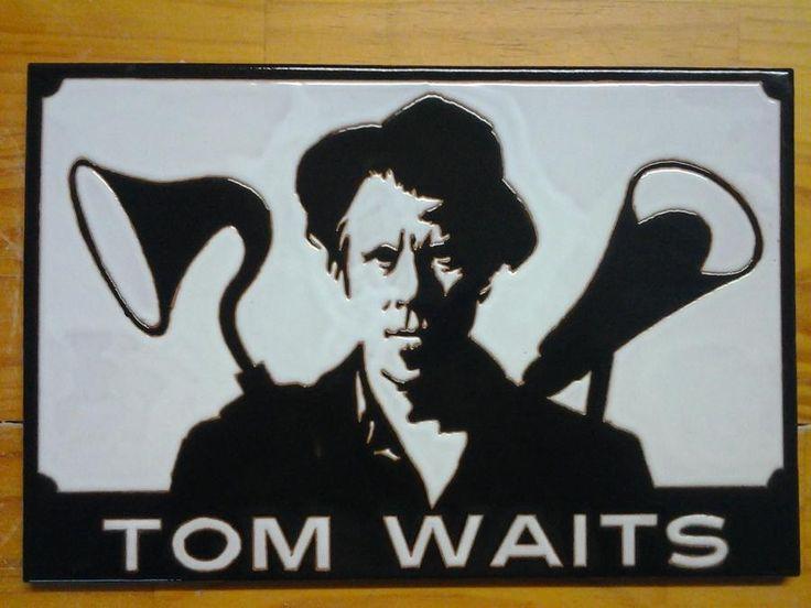 Placa de 40x25cm realizada en cuerda seca. #tomwaits