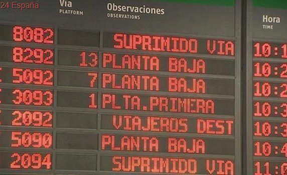 Cancelados 2.175 trenes por la huelga de Renfe en plena 'operación salida'