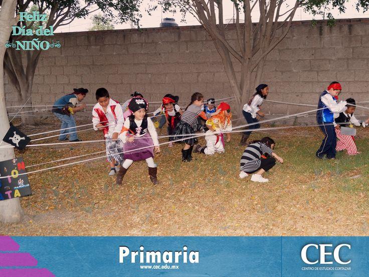 Para festejar el día del niño a los pequeños de primaria se les hizo un extraordinario campamento con la temática de piratas, donde participaron en divertidas actividades.