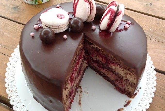 Čokoládový dort s višněmi   NejRecept.cz