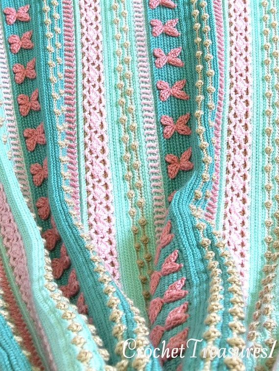 crochet blanket - looks so soft and beautiful!