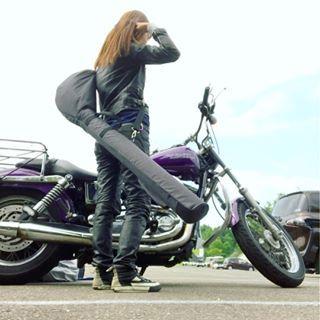 昨日今日、日中はお休みでバイクでゴルフ クラブ7本、背負って 今年既に10回目のラウンド笑 昨日はスコア散々。一回ロングでパー取れた✌ 今日は、前半ダメだったけど後半 調子良くてパーも取れた✌から、良しとする笑 さて帰って、仕事いく準備しよー #バイクガール#バイク女子#ライダー女子#ハーレー女子#バイカー女子#ガールズバイカー#女子ライダー#女子バイカー#バイク女子部#バイク乗り#ハーレーライフ#バイクライフ#ハーレーダビットソン#harleylife#harleygirl#bikegirl#bikelife#バイクでゴルフ#1人予約#楽天gora#ゴルフ初心者#アプローチ苦手#