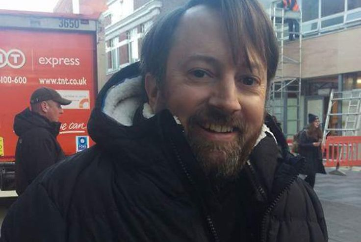 Peep Show star David Mitchell spotted filming in Maidenhead