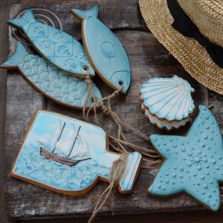 Beautiful summer themed cookies.
