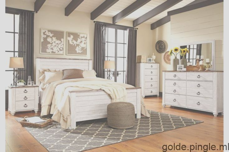 Willowton Queen Bed With 2 Nightstands Ashley Furniture Homestore Bedroom Set Bedroom Design Shabby Chic Bedrooms